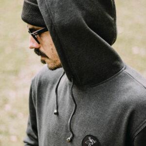 bingin badge hoodie-hood